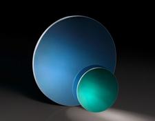 Alternative Langpassfilter zu Farbglas - hochqualitative dielektrische Beschichtungen und RoHS-konforme Materialien bei EO